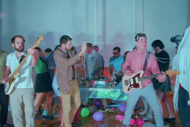 "Surfer Blood ""I Can't Explain"" (video)"