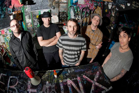 Swingin' Utters Take 'Poorly Formed' Out on More North American Dates