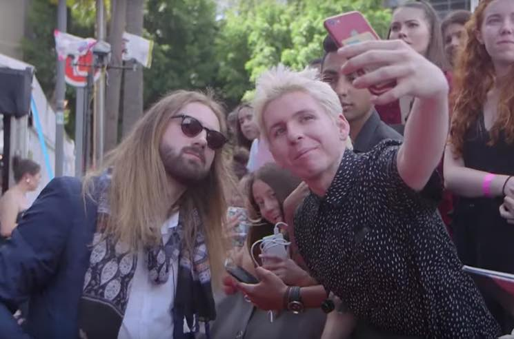 ​This Guy Convinced Everyone He Was Tame Impala's Kevin Parker at an Australian Awards Show