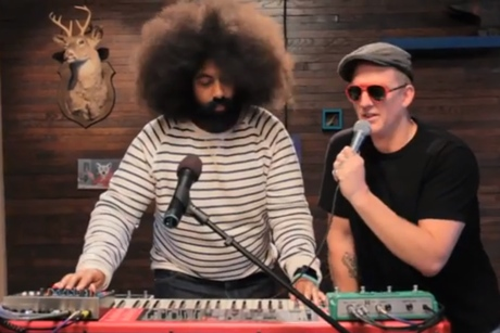 "Reggie Watts & Josh Homme ""Taxidermy Love"" (video)"