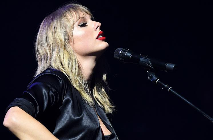 "Taylor Swift Releases ""The Man (Live from Paris)"" Video"