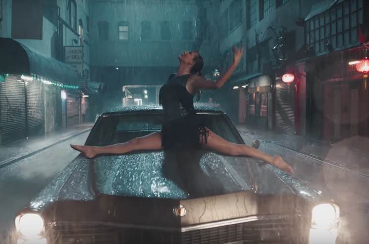 "​Taylor Swift Unveils ""Delicate"" Music Video"