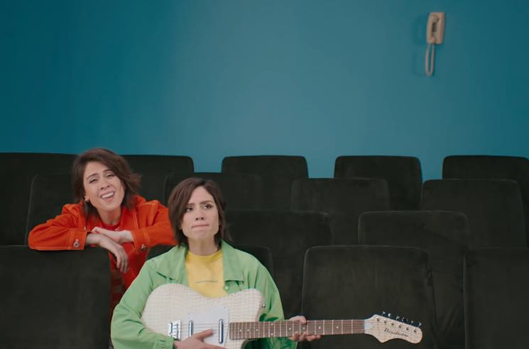 "​Tegan and Sara Go Totally '90s for ""I'll Be Back Someday"" Video"