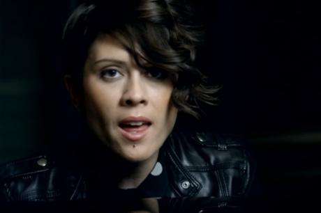 "Tegan & Sara ""I Was a Fool"" (video)"