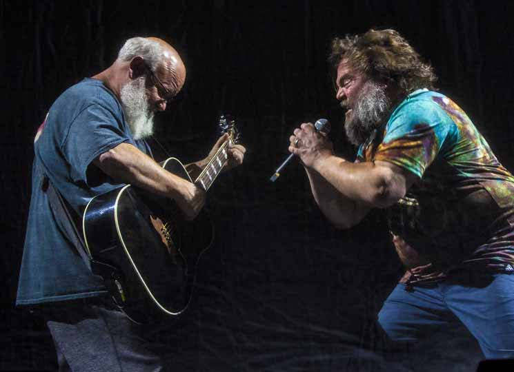 Relive Tenacious D's Edmonton Show in Photos