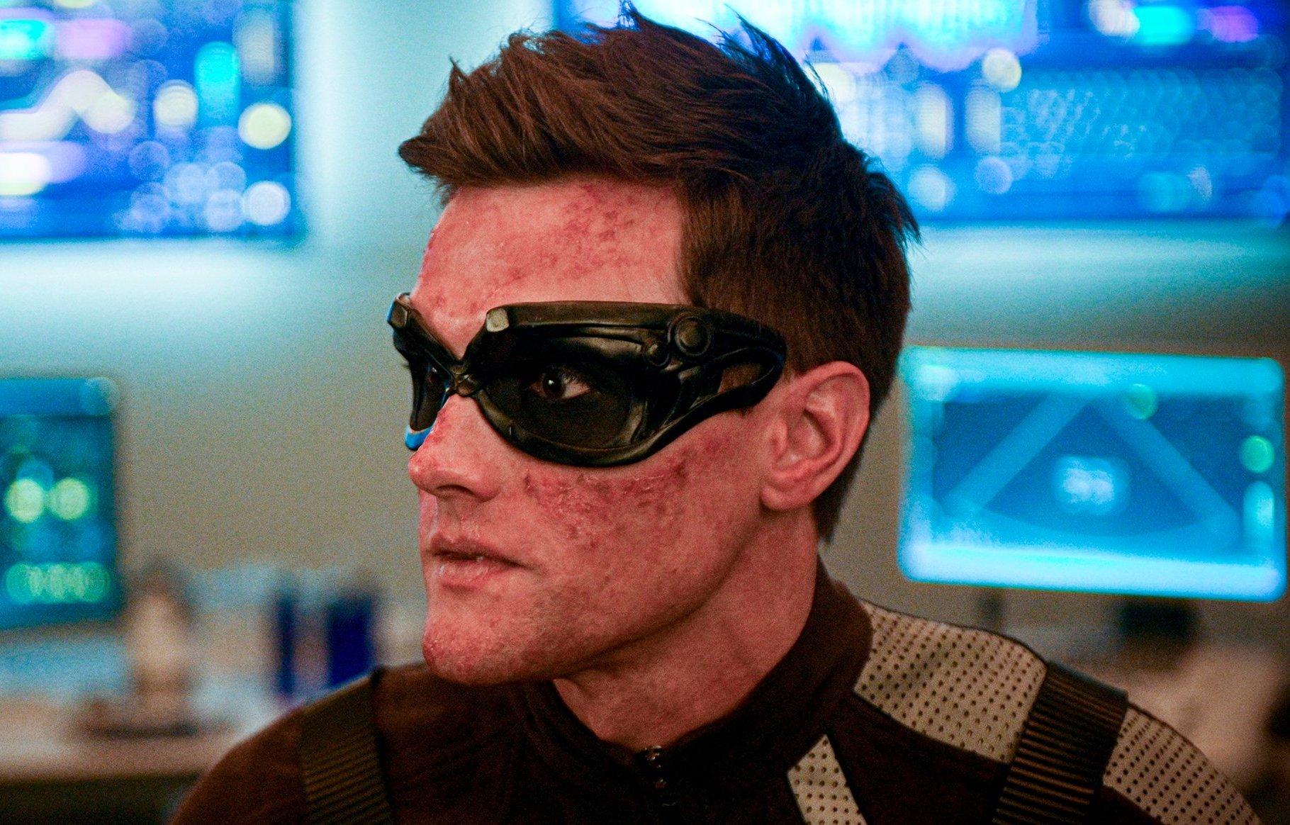 'The Flash' Actor Hartley Sawyer Fired over Racist and Misogynistic Tweets
