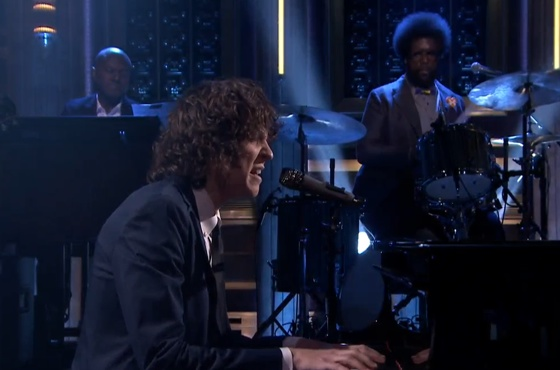 "Tobias Jesso Jr. ""How Could You Babe"" (ft. the Roots) (live on 'Fallon')"