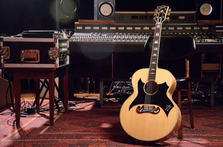 Tom Petty Honoured with His Own Custom Gibson Wildflower Guitar