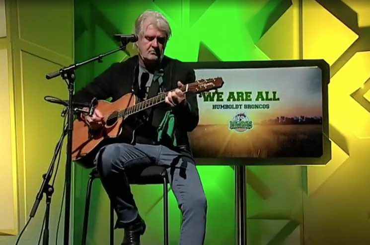 Tom Cochrane Pays Homage to Humboldt Broncos with New Version of 'Big League'