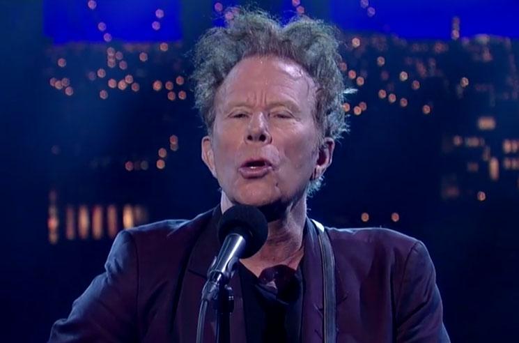 "Tom Waits ""Take One Last Look"" (live on 'Letterman')"