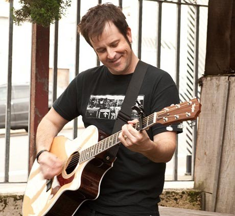 Past and Present No Use for a Name Members to Perform Tribute to Tony Sly in Quebec