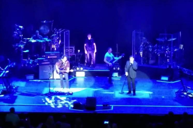 "Watch Toto Cover Weezer's ""Hash Pipe"" Live in Vancouver"