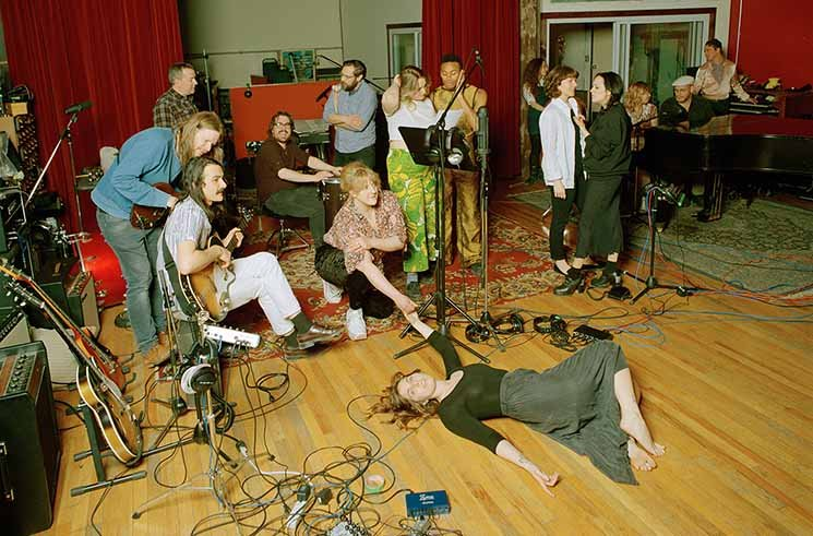 ​U.S. Girls' Ambitious New Album, Featuring a 20-Piece Band, Is Actually Their Most Intimate