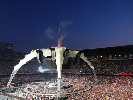 """Calling All Rich People: U2 to Sell """"The Claw"""" Stage Structures"""
