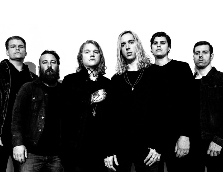 "Underoath Outgrow Their ""Christian Band"" Label and Find New Faith on 'Erase Me'"