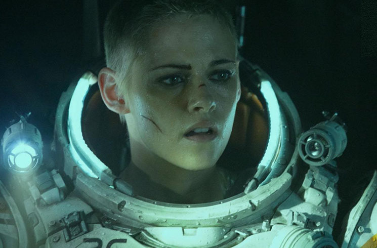 'Underwater,' Kristen Stewart's Deep-Sea Monster Movie, Stays Nice and Shallow Directed by William Eubank
