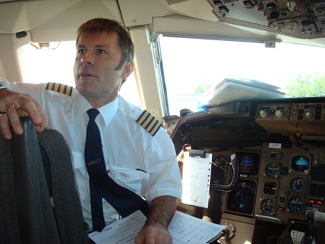 Iron Maiden Frontman Bruce Dickinson Gets White-Collar Job with Airline