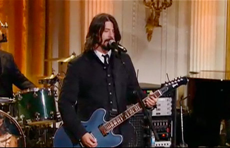 "Dave Grohl ""Band on the Run"" (Paul McCartney cover)"