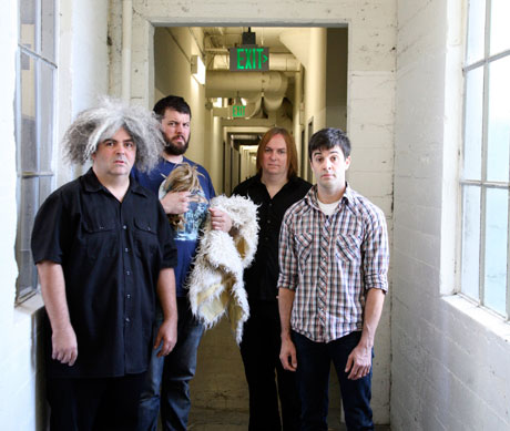 Melvins Prep Antique-Machine-Made Box Set for Upcoming North American Tour