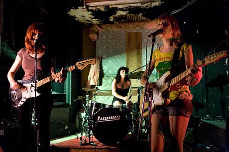 Vivian Girls / Crystal Antlers The Horseshoe Tavern, Toronto ON May 8
