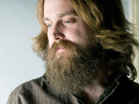 Iron & Wine Reveal New Album, <i>Kiss Each Other Clean</i>