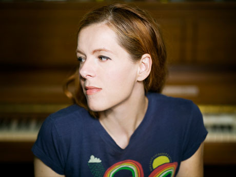 Neko Case Becomes Latest New Pornographer to Get Exclusive iTunes Treatment