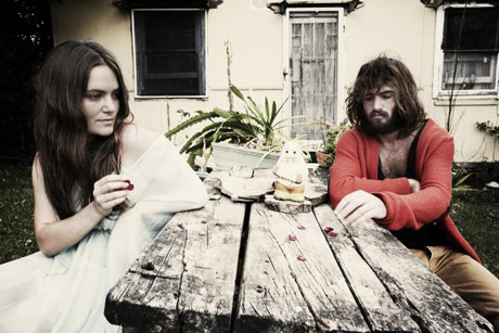 Angus & Julia Stone 'Big Jet Plane' (video)