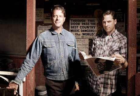 "Calexico ""Ocean of Noise"" (Arcade Fire cover)"