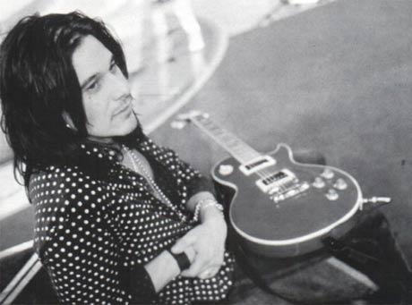 Ex-Guns N' Roses Guitarist Gilby Clarke Injured in Hit-and-Run