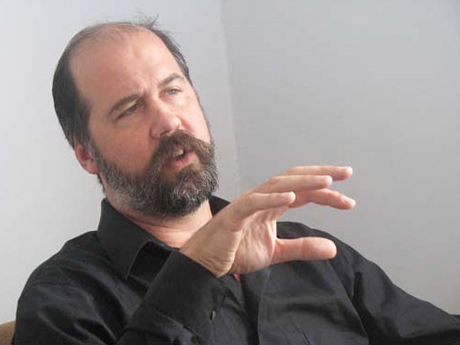 Update: Nirvana's Krist Novoselic Ends Political Protest, Drops out of Race