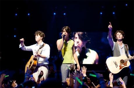 Jonas Brothers 3-D Concert Experience Bruce Hendricks