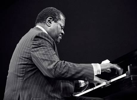 Oscar Peterson to Be Honoured with Statue in Ottawa