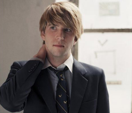 "Owen Pallett Preps ""Non-Fictional"" Album 'In Conflict'"