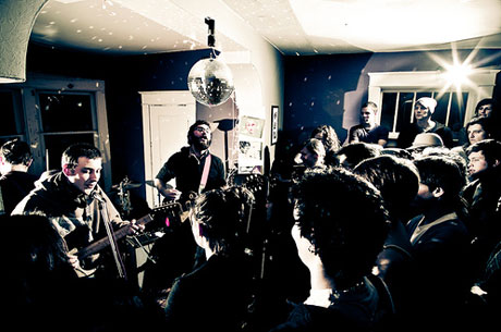 """Richard Laviolette & The Hollow Hooves """"Silhouettes (Live)"""""""