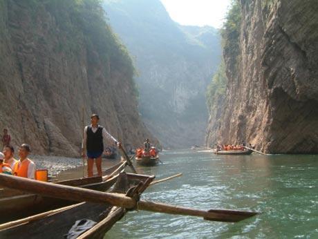 Up The Yangtze Yung Chang