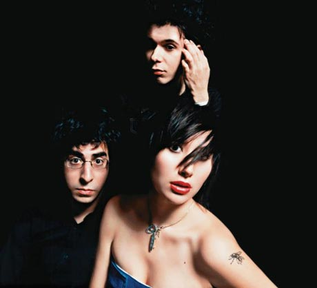 "Yeah Yeah Yeahs ""Sealings"""