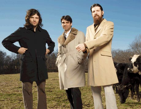 Exclusive: The Avett Brothers Move Up the Food Chain with <i>I and Love and You</i>
