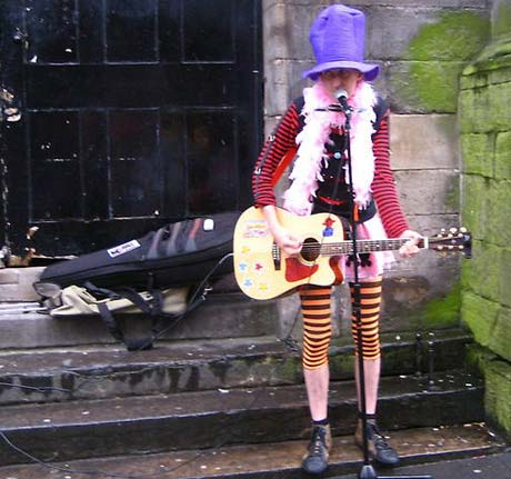 """Out of Tune Renditions of """"Wonderwall"""" and """"Faith"""" Get Buskers Banned in the UK"""