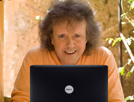 Donovan Compares the Internet To the '60s