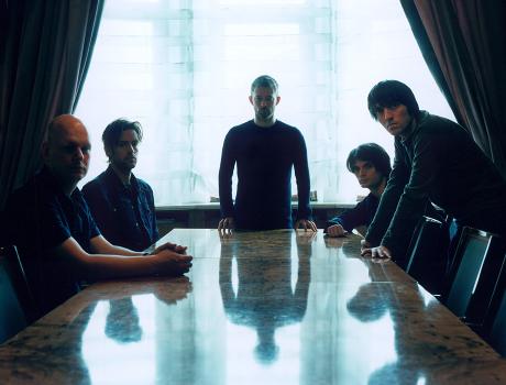 "Radiohead Premiere ""Testcast,"" Cover Björk"