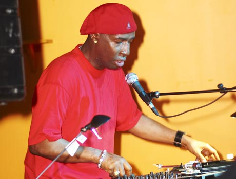 Grandmaster Flash Roxy Blu, Toronto ON - May 27, 2005