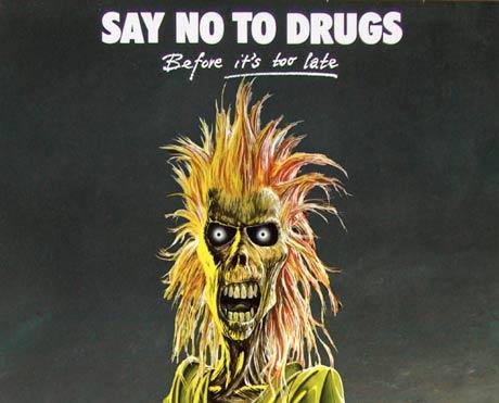 Iron Maiden's Dickinson Lambasts Pot Smoker At Gig