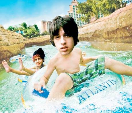 Moldy Peaches Change Lyrics To Hit Song For Atlantis Resorts