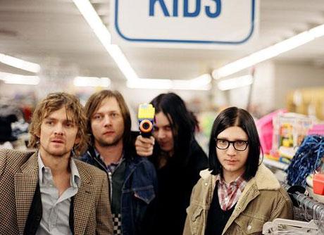 """Raconteurs Talk About """"Drug Fuelled"""" New Album"""