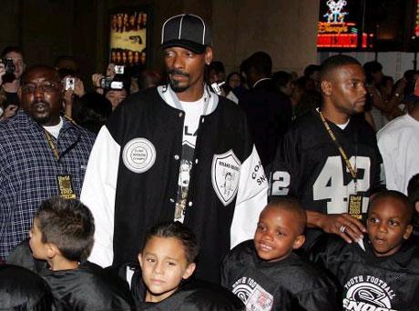 """Snoop Precedes Super Bowl with the """"Snoop Bowl"""""""