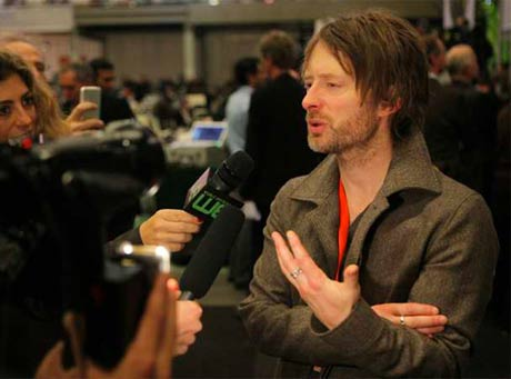 Thom Yorke Blogs About Copenhagen Climate Summit, Calls Meetings a 'Crock of Shit'