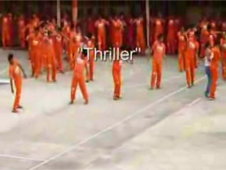 "WTF? Michael Jackson's ""Thriller"" Performed by Filipino Inmates"