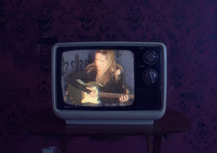 "Veruca Salt ""Eyes on You"" (video)"