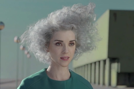 "St. Vincent ""Digital Witness"" (video)"