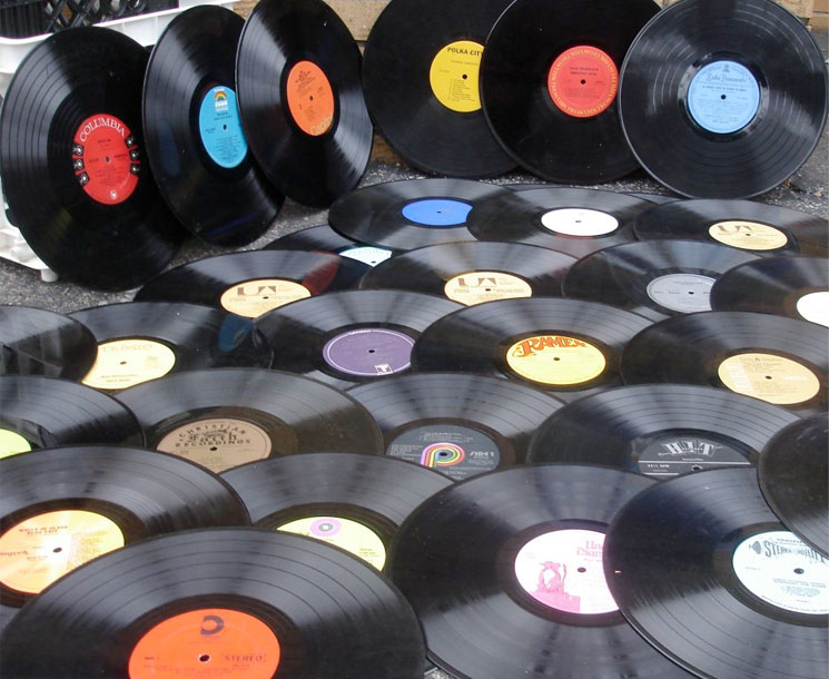 Vinyl Sales and Streaming Up in Canada in 2015, According to Nielsen Report